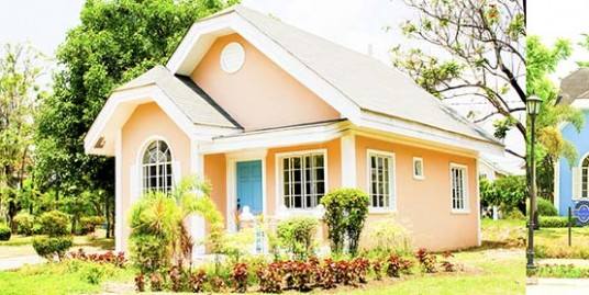 Small House - Laguna Bel Air
