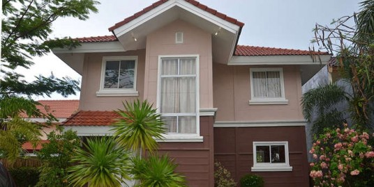 House and lot in Sta. Rosa Estates 2