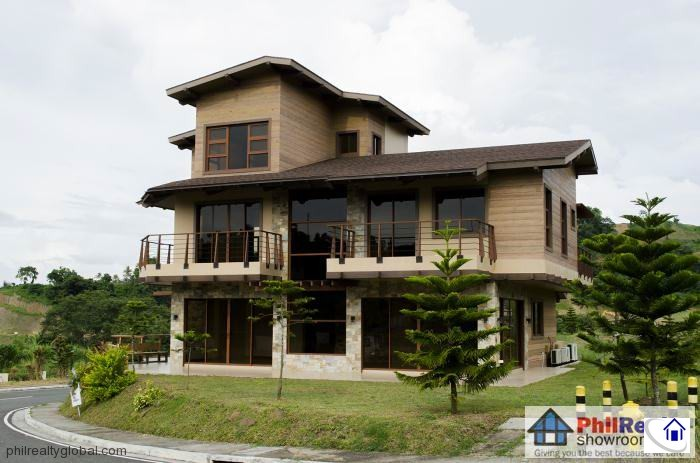 Modern cabin house for sale in hillside tagaytay highlands for Modern house design on hillside