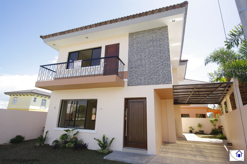 Brand New 3-Bedroom 200 sqm. House in South Forbes