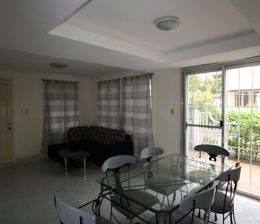 Living room and dining area 2