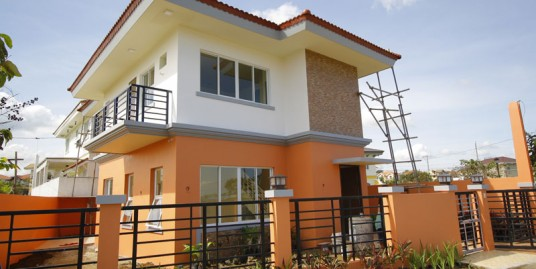 Brand New 3-Bedroom 194sqm. House in South Forbes, Sta. Rosa City