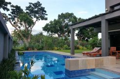 House on a farm lot for sale in lipa batangas for Baguio country club swimming pool