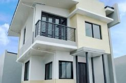 Redwood 70 sqm model house araya residences