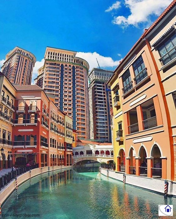 Mckinley Apartments: 1-bedroom Condo Unit In Venice Residences, McKinley Hill