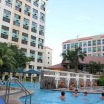 Cambridge Village, Condo in Cainta - swimming pool