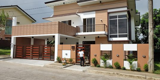 Brand New Royale Tagaytay 4-Bedroom House for Sale